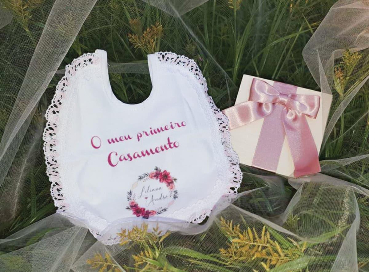 Babetes personalizados para bebé,